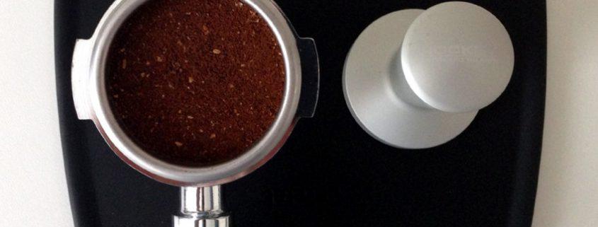 pressatura caffè carioka