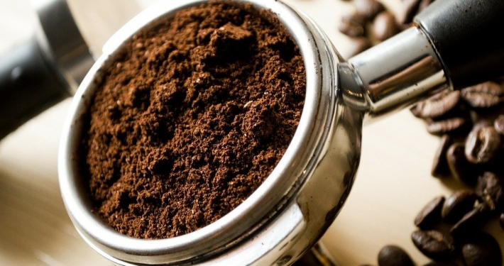 fondi del caffè usi alternativi